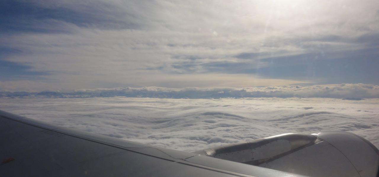 Nebelmeer beim Start in Zürich