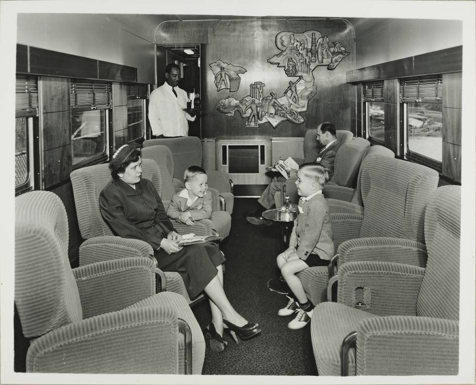 "The parlor-lounge car on the ""International"" the Great Northern'"