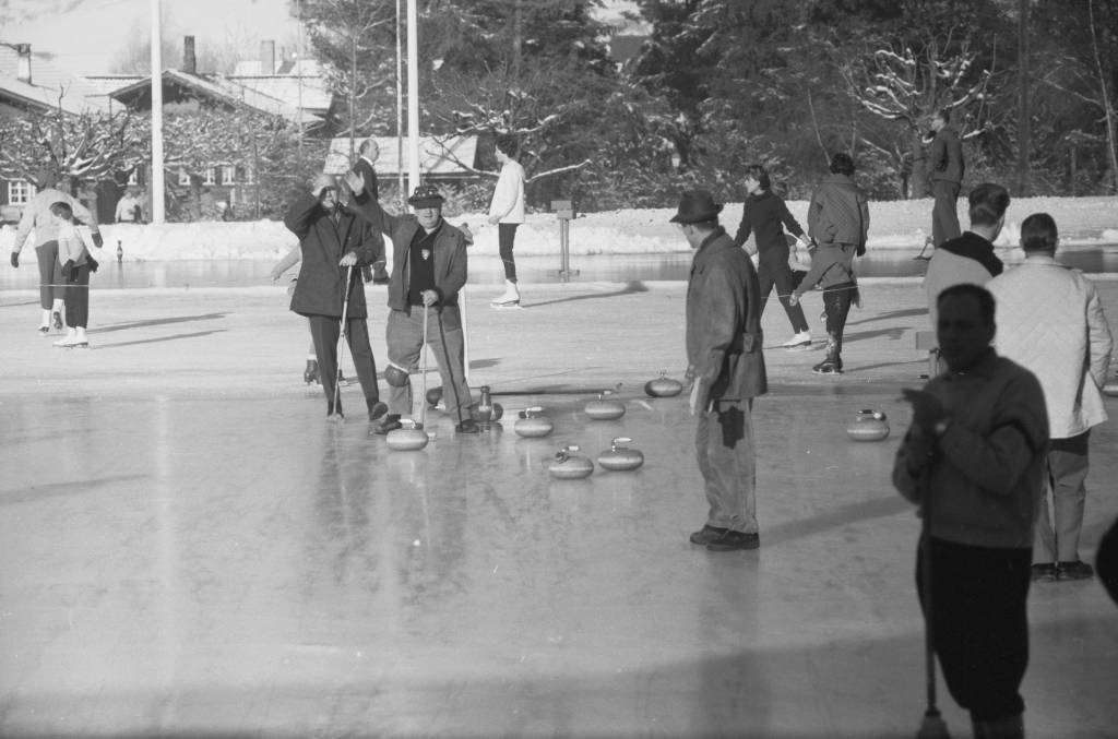 Silvester in Gstaad, Henri Ford II, Curling, 1961