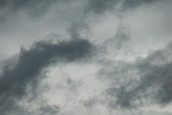 Wolken einer Kaltfront, aufgenommen am 2. Juli 2007 in Nidau