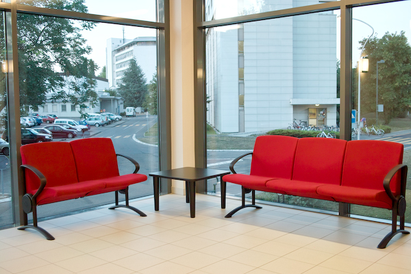 Sitzgelegenheit im Gebäude 41