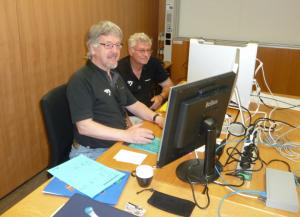 Peter Wegmann und Franz Kuster von den Informatikdiensten an Ihrer 36. von 38 SOLA-Staffetten verantwortlich für die Zeitmessung der Teams. 7. Mai 2011 Uni Irchel