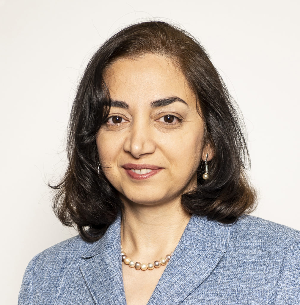 Dordaneh Arangeh, Head of IT Procurement & Portfolio Management at ETH Zurich. (Photo: Daniel Winkler)