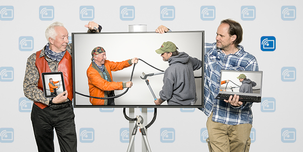 Tom Rechsteiner and Michael Stauffer (left to right) use Solstice and don't need cables or adapters for presentations – and the hectic search for the right resolution is a thing of the past.